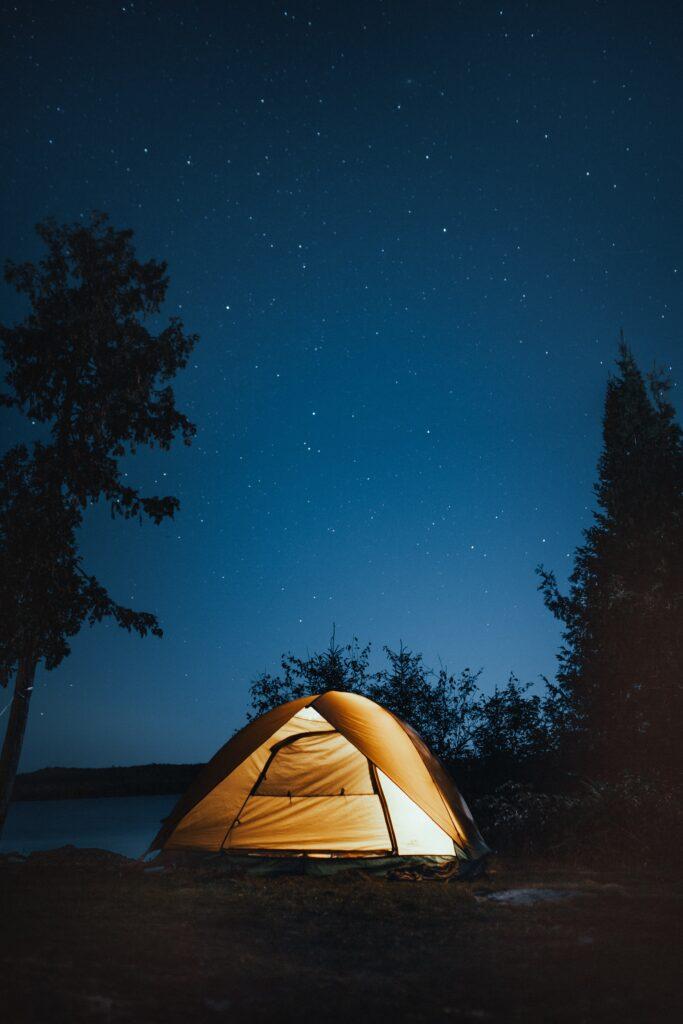 Har du overvejet en bæredygtig campingferie i telt?